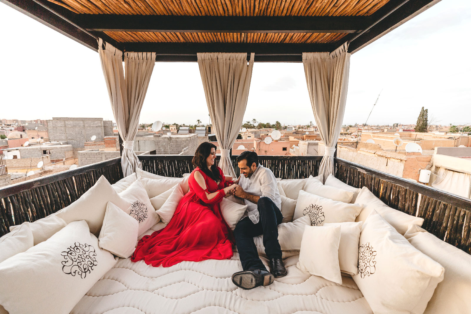 elopement in marrakech with traditional moroccan scenery and timeless atmosphere